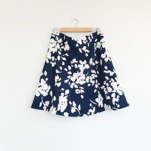 Renee C. Navy Skirt with White Floral Design Sz XL